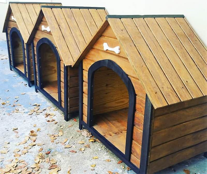wood pallet dog houses