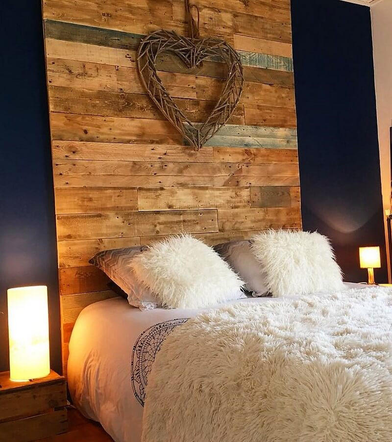 wood pallets made creative pallet bed headboard art