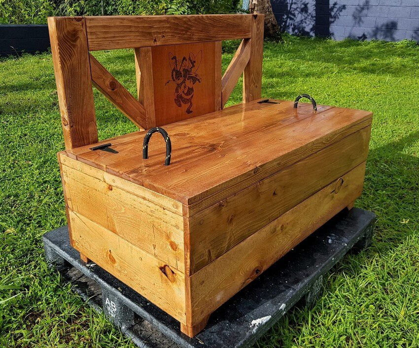 wooden pallet bench chest