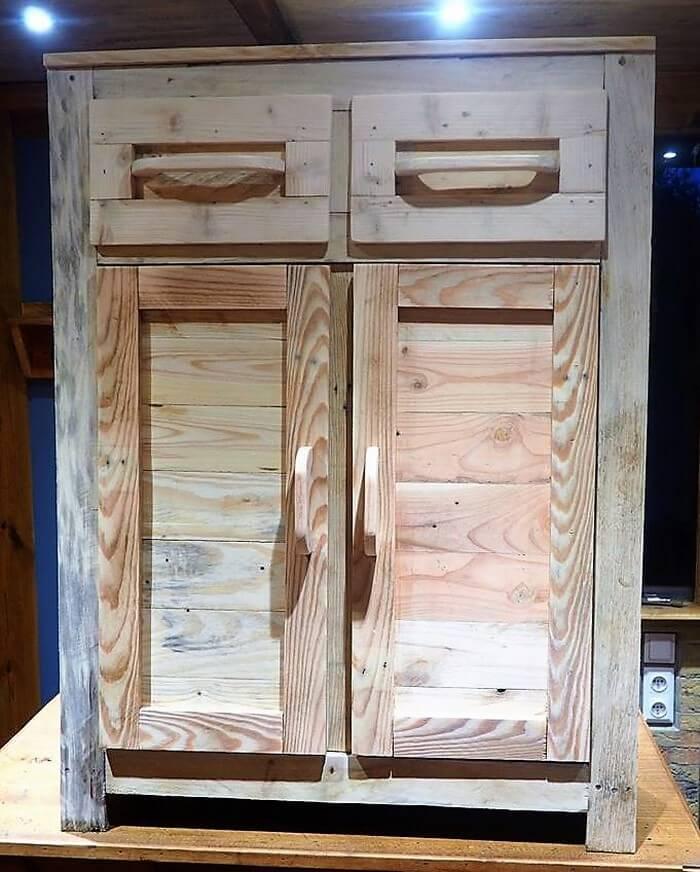 pallet bathroom closet project
