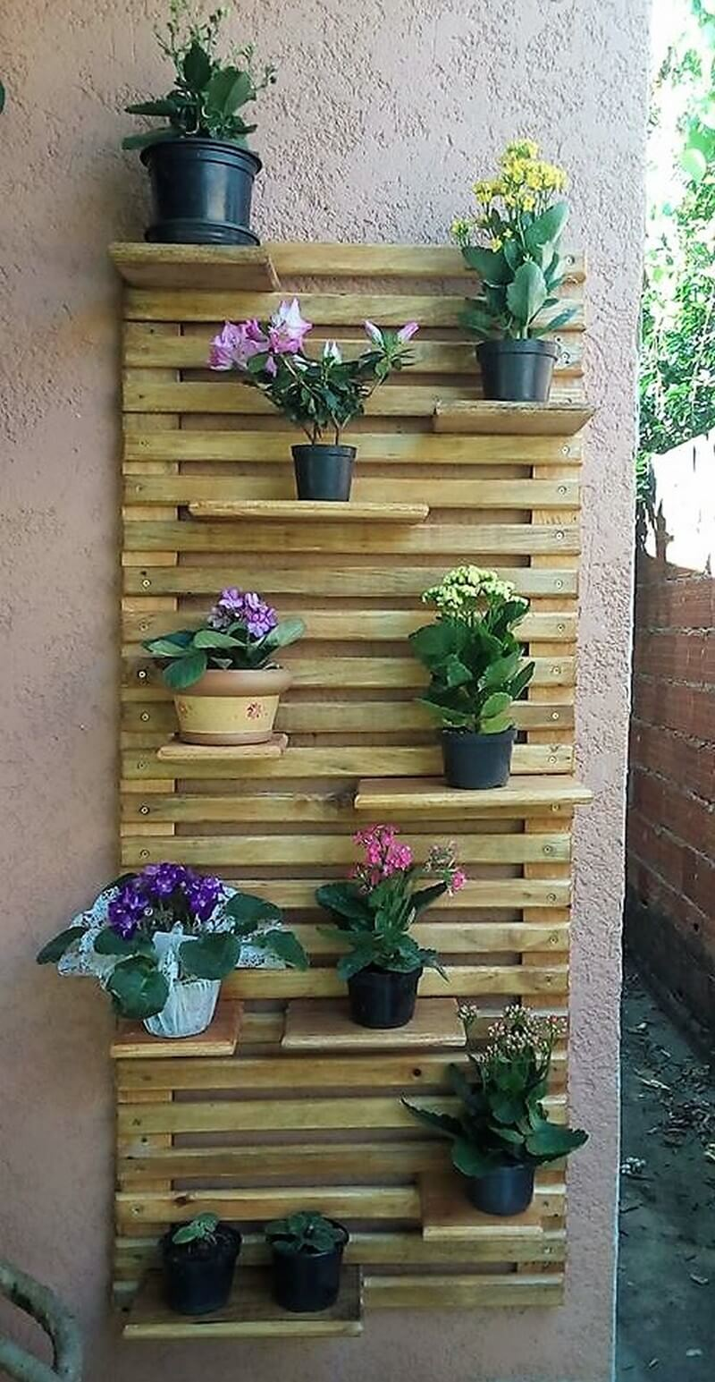 pallets wall pots stand