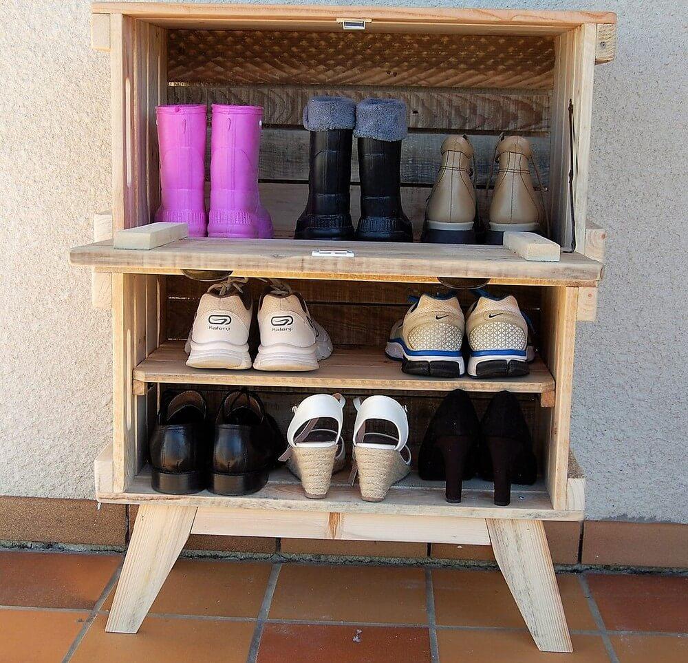 reused pallets shoe rack