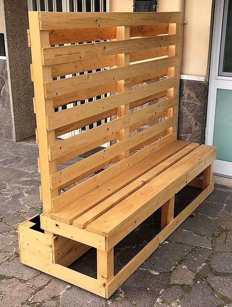 pallet planter with attached bench 2
