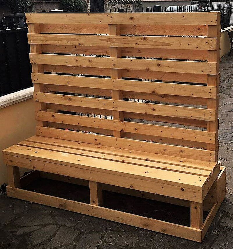 pallet planter with attached bench 3