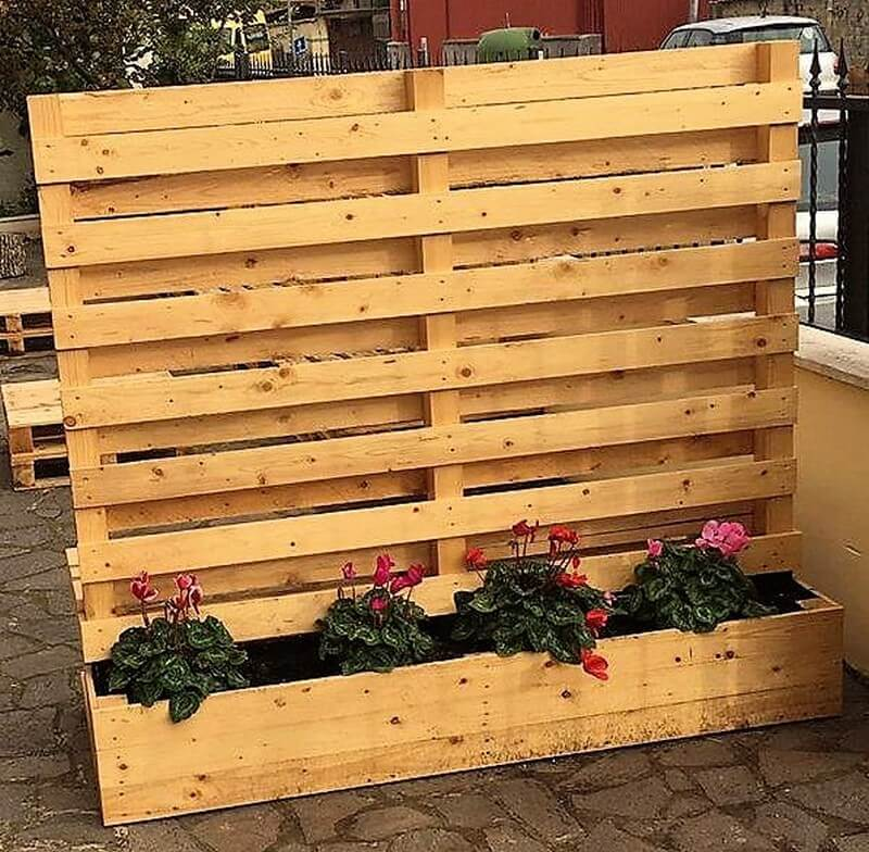 pallet planter with attached bench 4