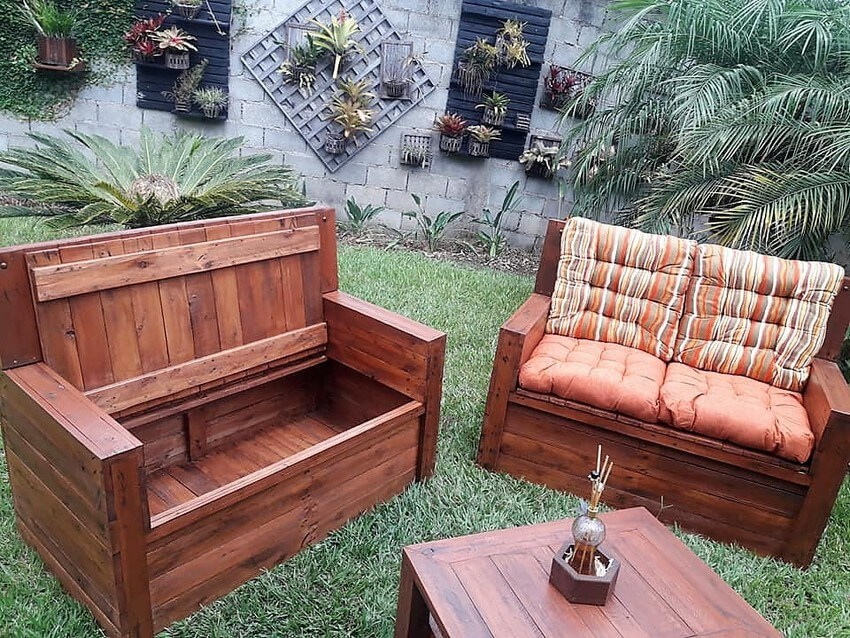 reclaimed pallet garden furniture