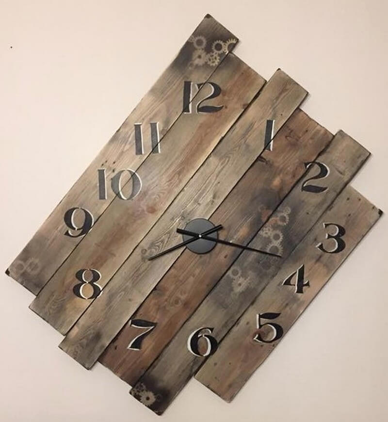 wood pallet clock art